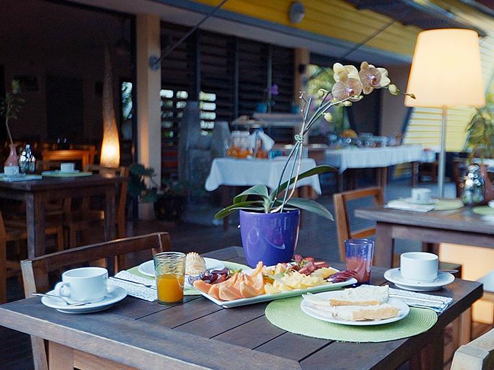 petit déjeuner hotel dimitile ile de la Réunion
